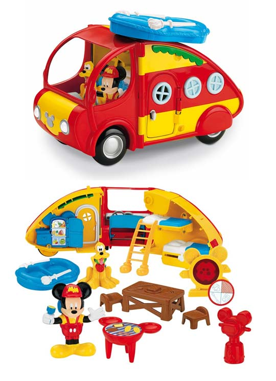 playmobil famille avec camping car 6671 summer fun. Black Bedroom Furniture Sets. Home Design Ideas